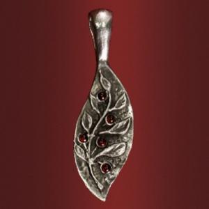 Медальон «Надежда» с 5 камнями