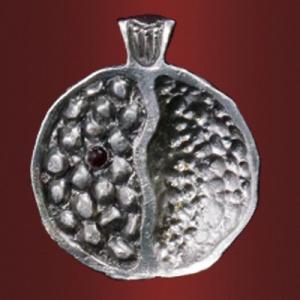 Медальон «Гранат» (с камнем)