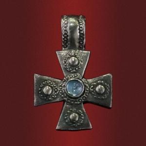 Крест «Дом Божий» с камнем