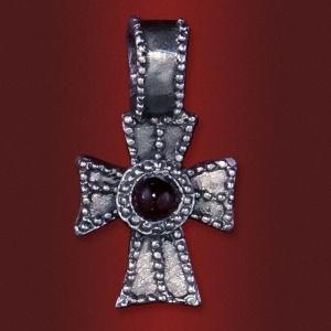 Крест «Клевер» с камнем